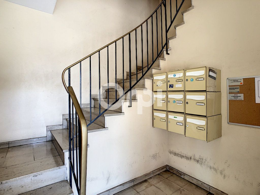 Appartement à louer 3 62.39m2 à Brive-la-Gaillarde vignette-10