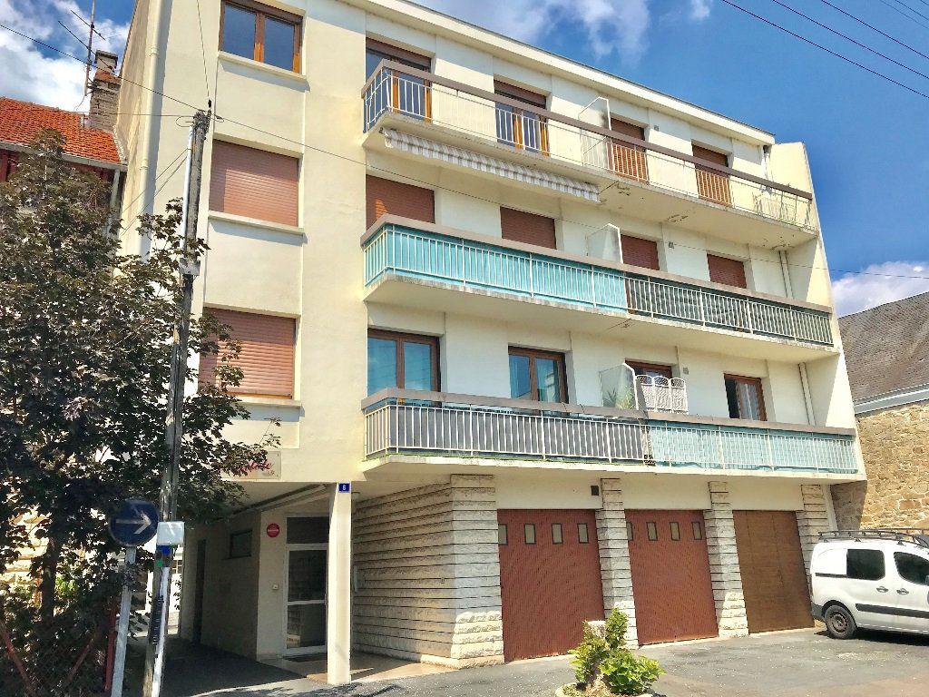 Appartement à louer 3 62.39m2 à Brive-la-Gaillarde vignette-11