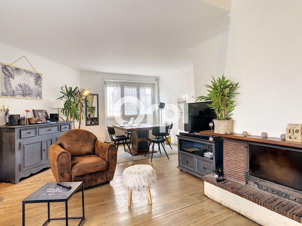 Maison à vendre 5 113m2 à Brive-la-Gaillarde vignette-2