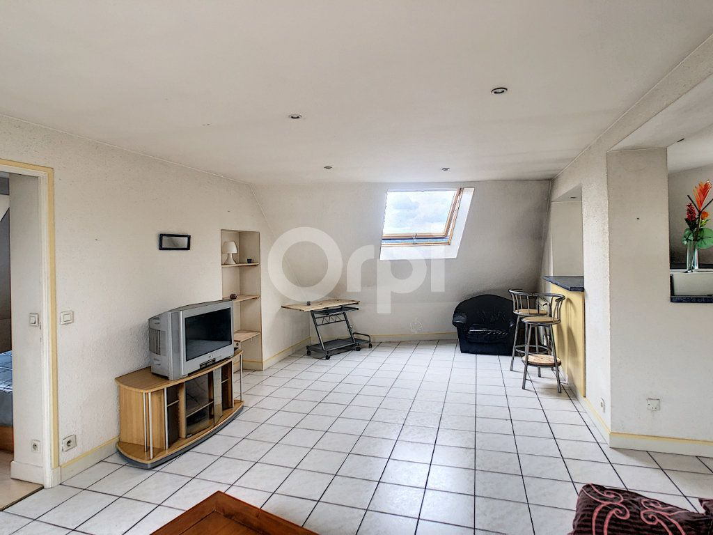 Appartement à louer 2 46m2 à Brive-la-Gaillarde vignette-1