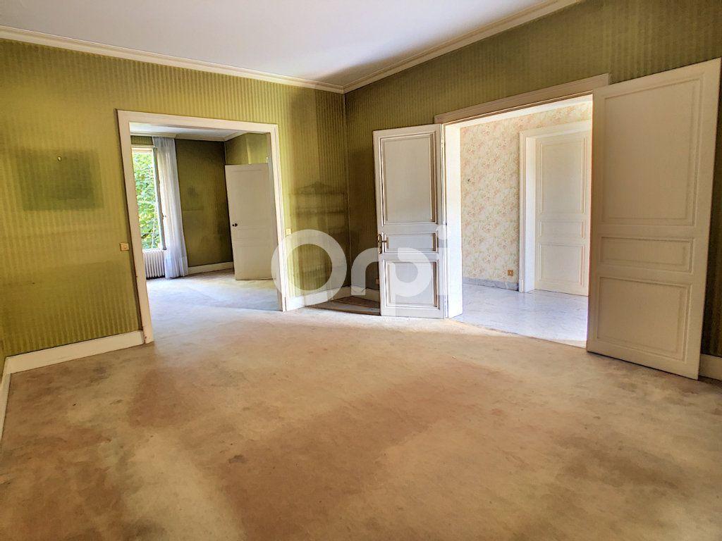 Maison à vendre 10 253m2 à Brive-la-Gaillarde vignette-3