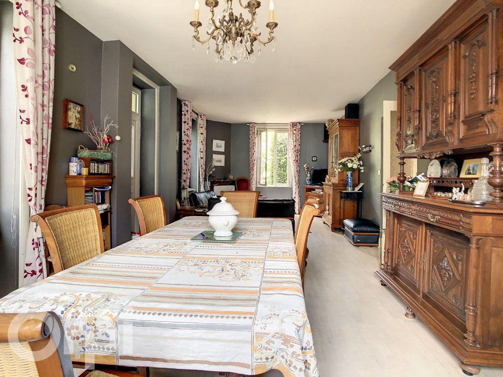 Maison à vendre 9 165m2 à Brive-la-Gaillarde vignette-4