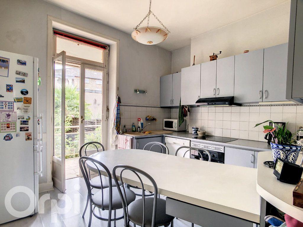 Maison à vendre 9 165m2 à Brive-la-Gaillarde vignette-5