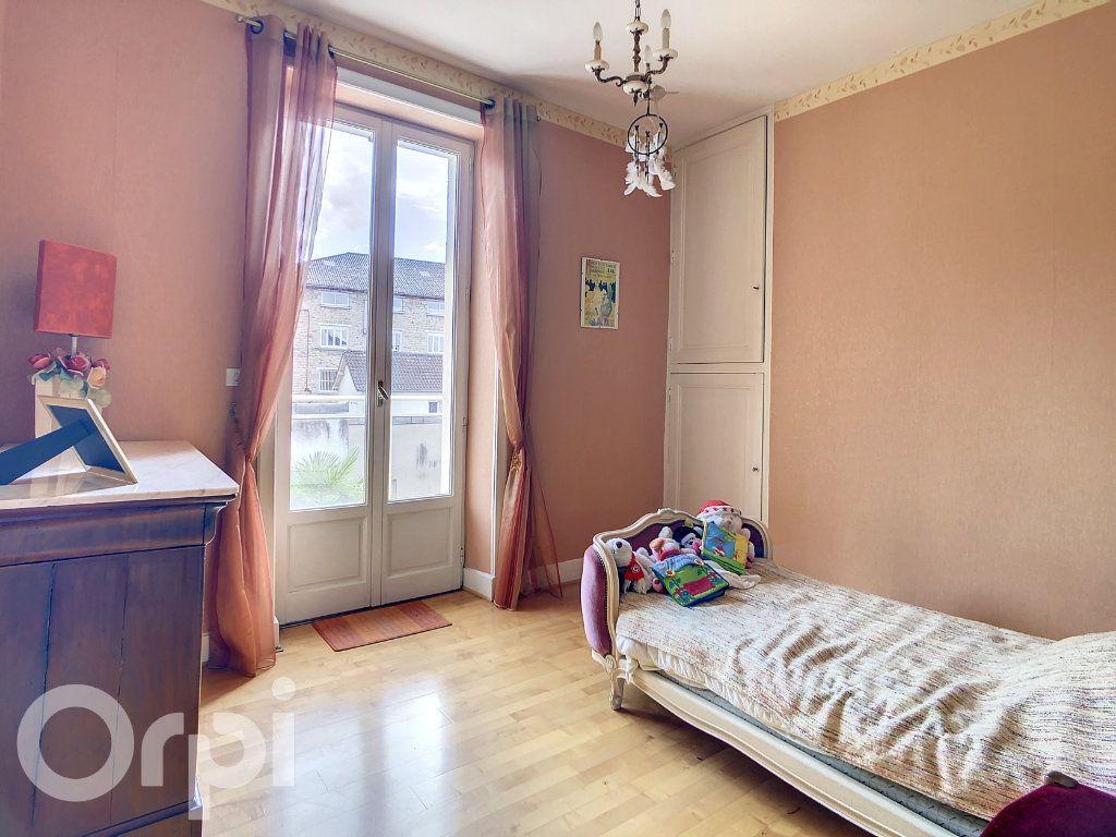 Maison à vendre 9 165m2 à Brive-la-Gaillarde vignette-7