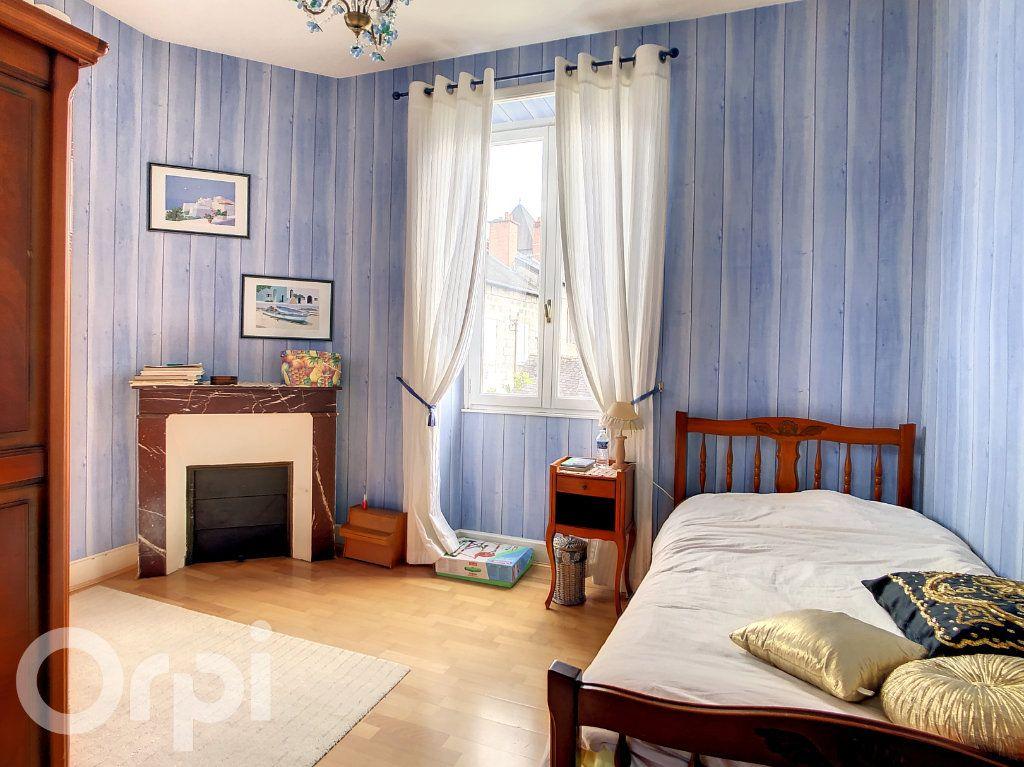 Maison à vendre 9 165m2 à Brive-la-Gaillarde vignette-8