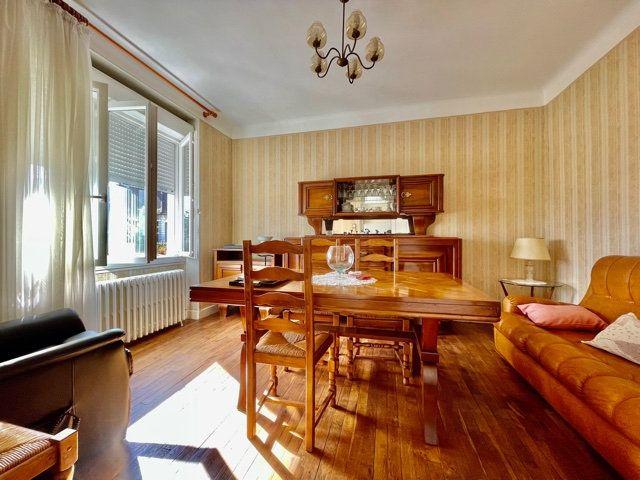 Maison à vendre 6 142m2 à Brive-la-Gaillarde vignette-3