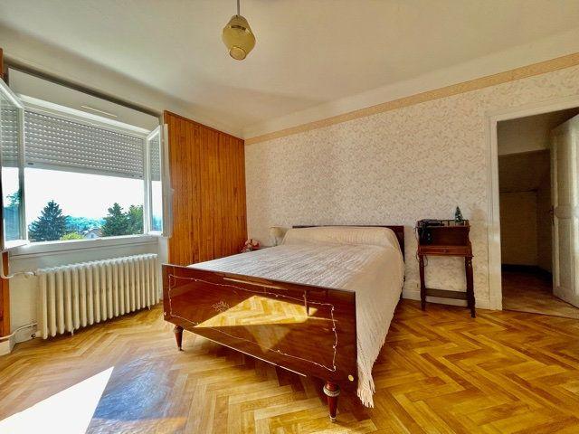 Maison à vendre 6 142m2 à Brive-la-Gaillarde vignette-5