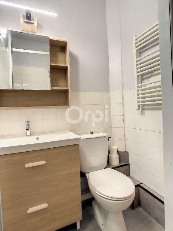 Appartement à louer 1 23m2 à Brive-la-Gaillarde vignette-4