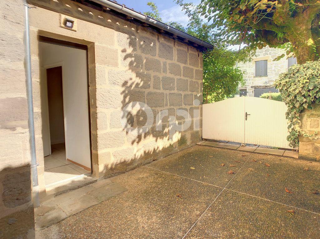 Appartement à louer 1 23m2 à Brive-la-Gaillarde vignette-6