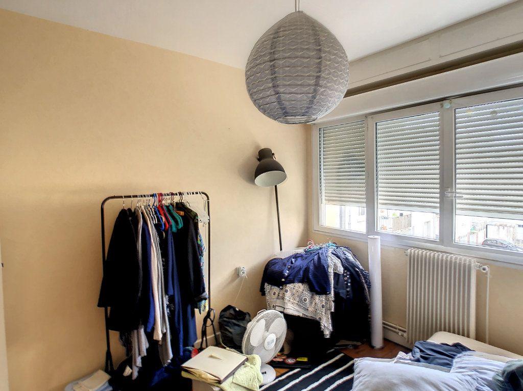 Appartement à louer 4 72m2 à Brive-la-Gaillarde vignette-8