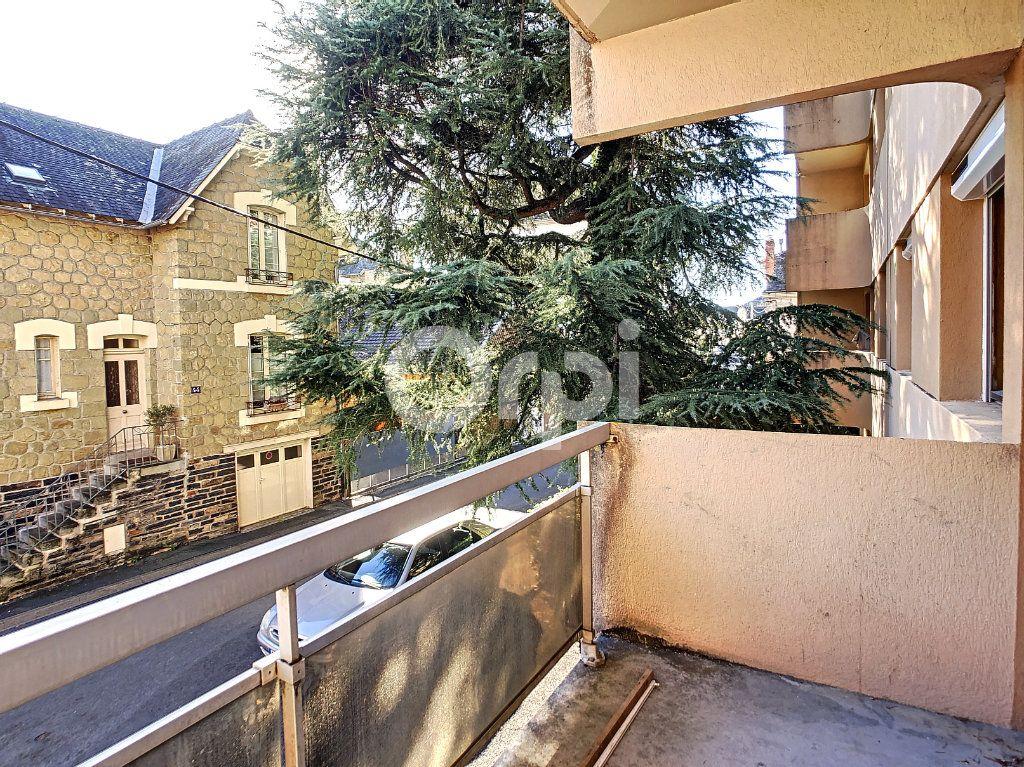 Appartement à louer 2 43m2 à Brive-la-Gaillarde vignette-4
