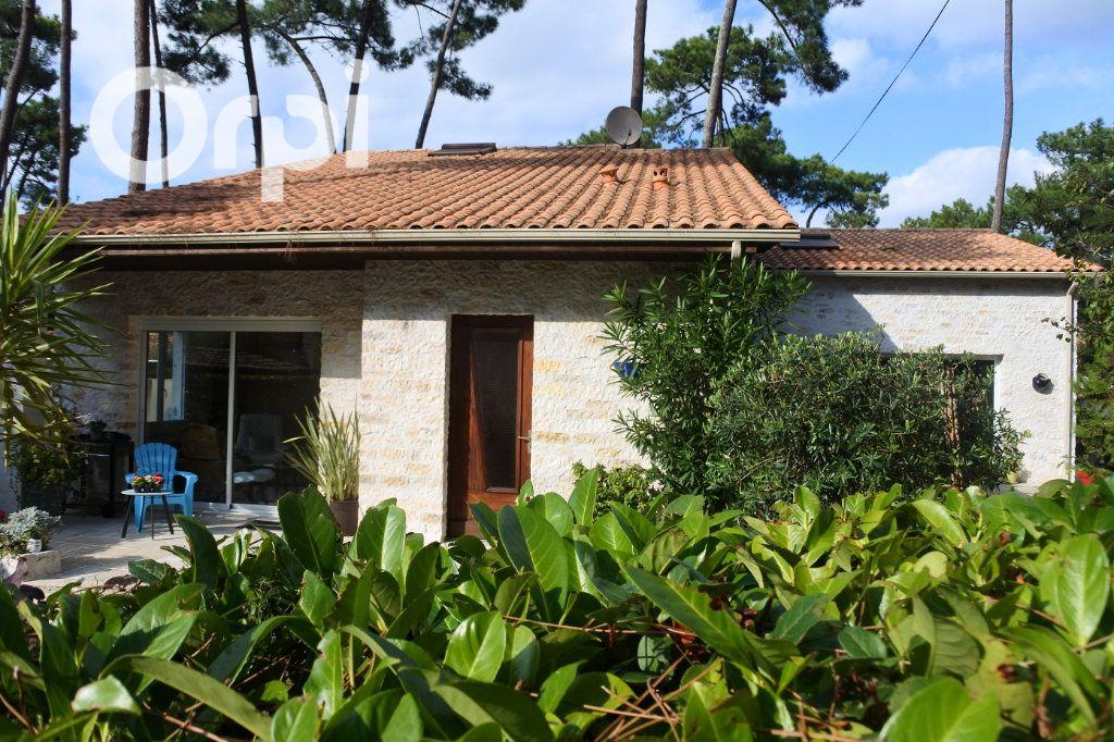 Maison à vendre 8 229m2 à La Tremblade vignette-1