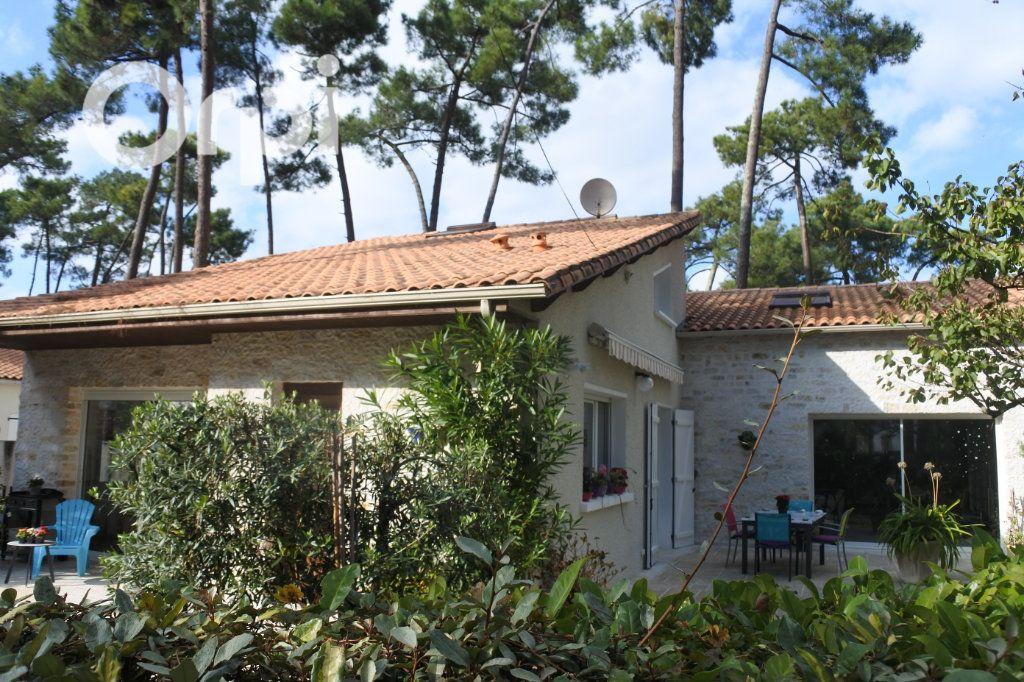 Maison à vendre 8 229m2 à La Tremblade vignette-7