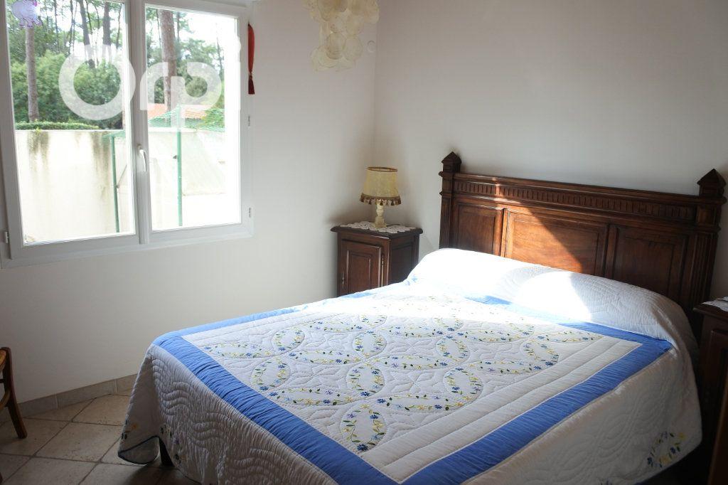 Maison à vendre 8 229m2 à La Tremblade vignette-8