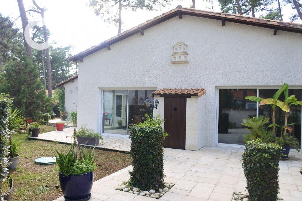 Maison à vendre 8 229m2 à La Tremblade vignette-15
