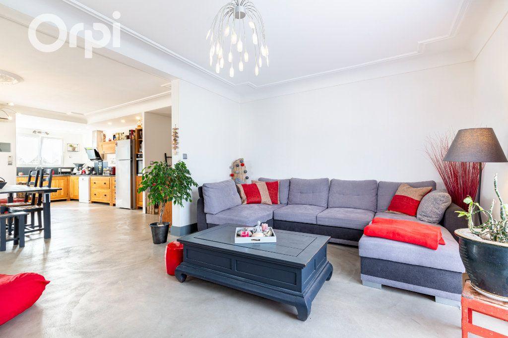 Maison à vendre 10 205m2 à Bourcefranc-le-Chapus vignette-2