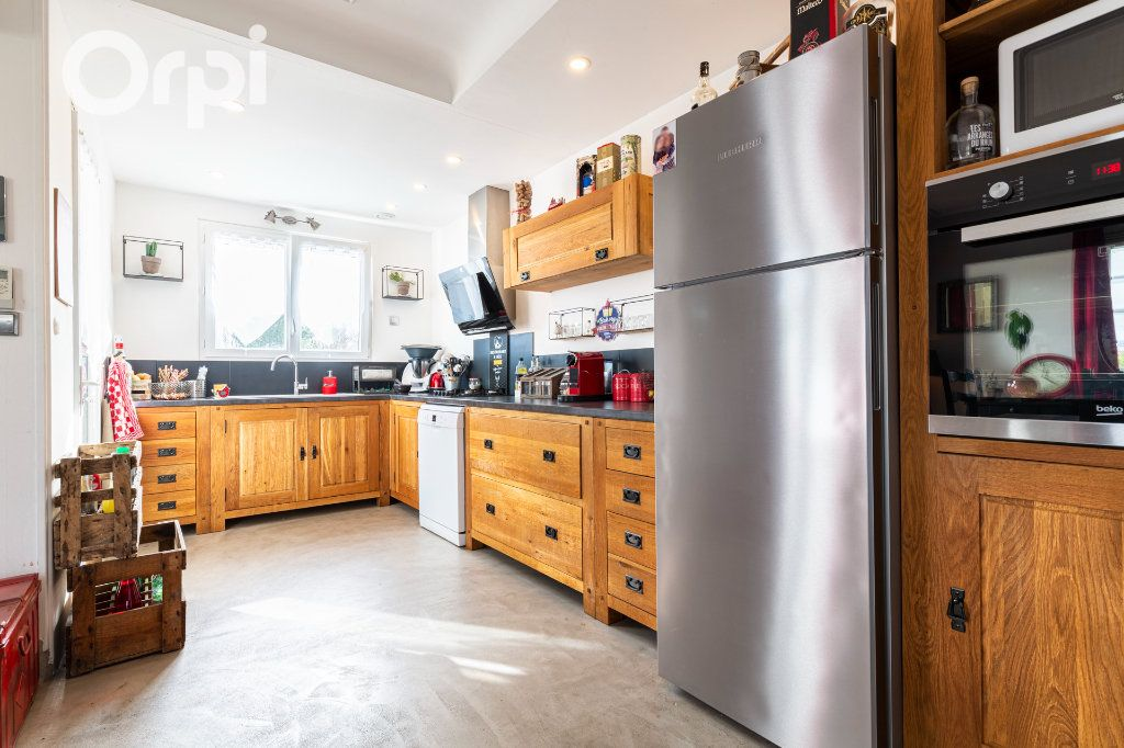 Maison à vendre 10 205m2 à Bourcefranc-le-Chapus vignette-3