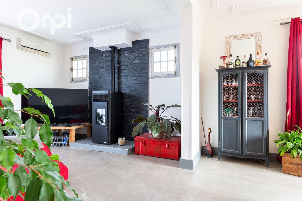 Maison à vendre 10 205m2 à Bourcefranc-le-Chapus vignette-5