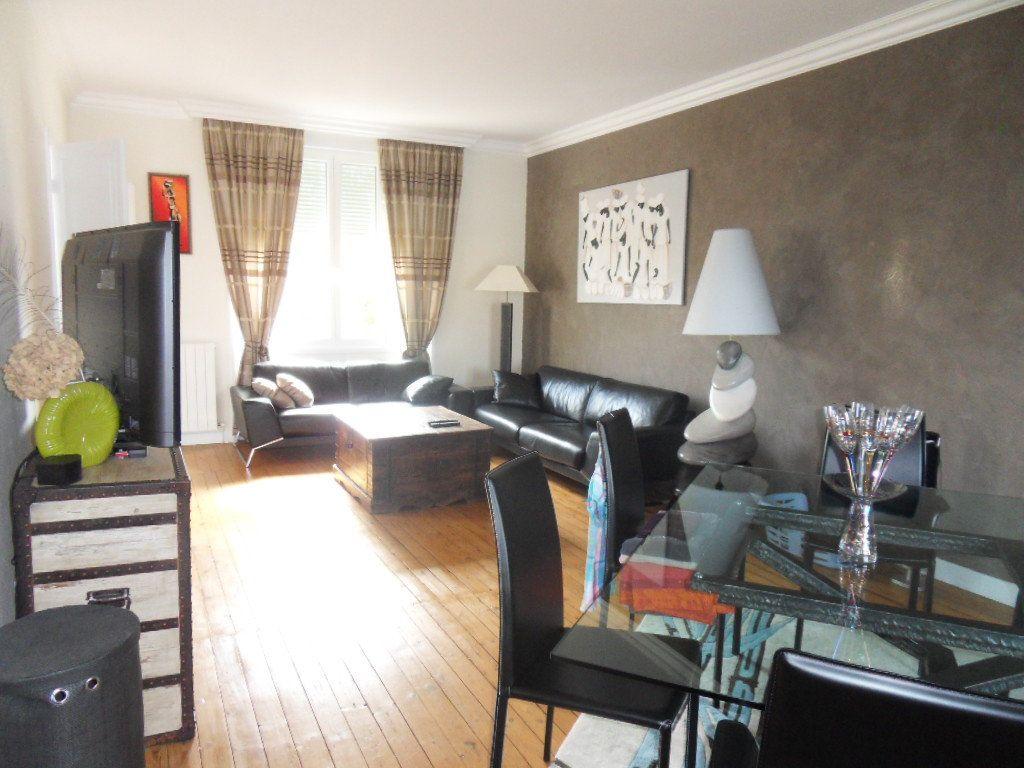 Maison à vendre 5 150m2 à Bourcefranc-le-Chapus vignette-6