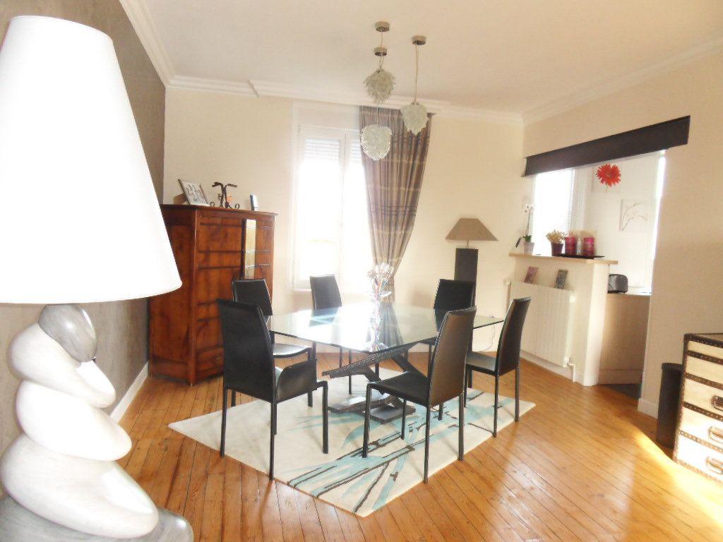 Maison à vendre 5 150m2 à Bourcefranc-le-Chapus vignette-13