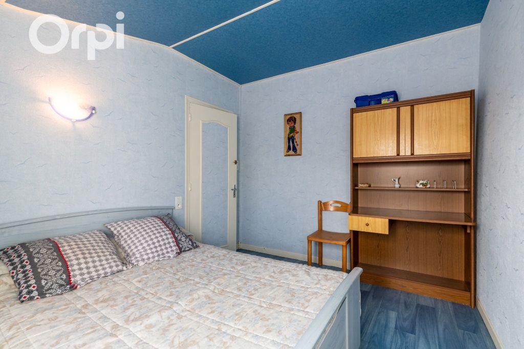 Maison à vendre 5 110m2 à Bourcefranc-le-Chapus vignette-8