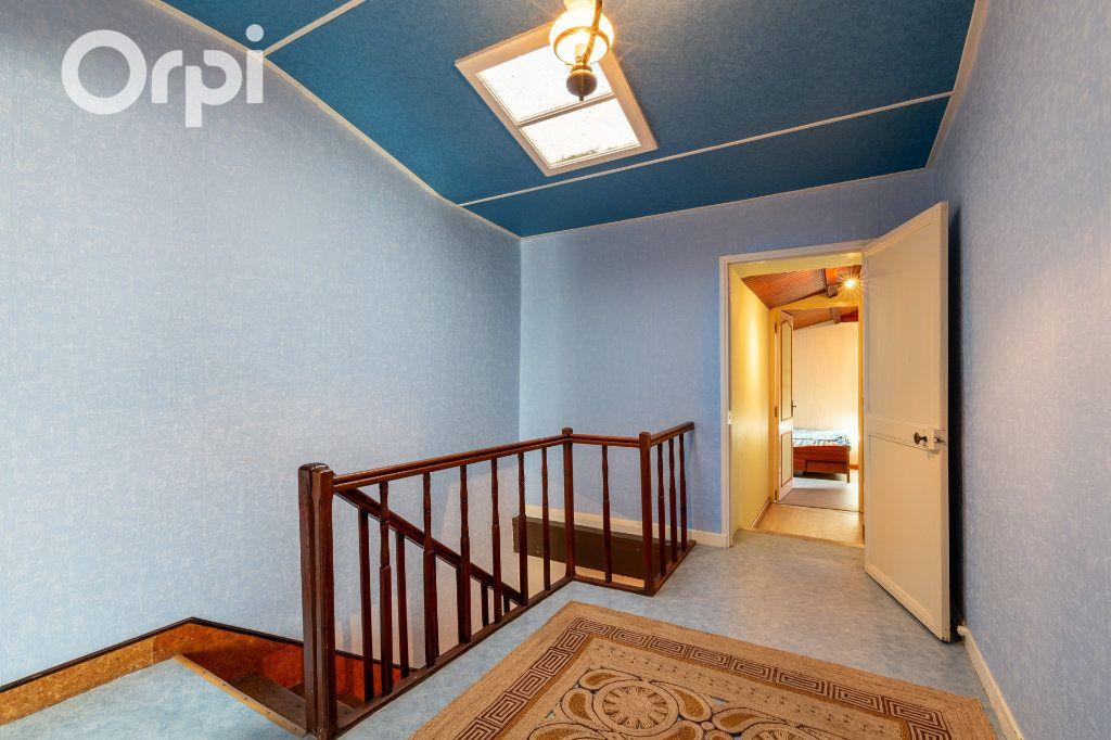 Maison à vendre 5 110m2 à Bourcefranc-le-Chapus vignette-10