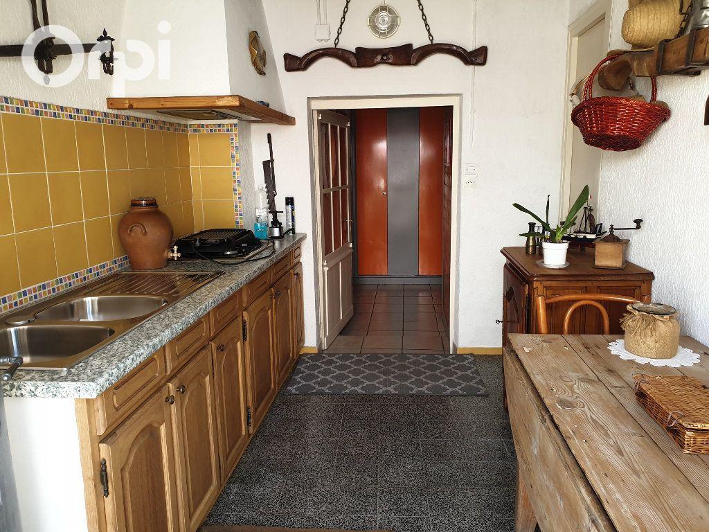 Maison à vendre 4 104m2 à Bourcefranc-le-Chapus vignette-14