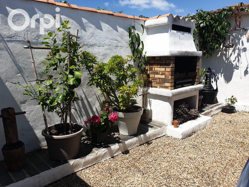 Maison à vendre 4 104m2 à Bourcefranc-le-Chapus vignette-15