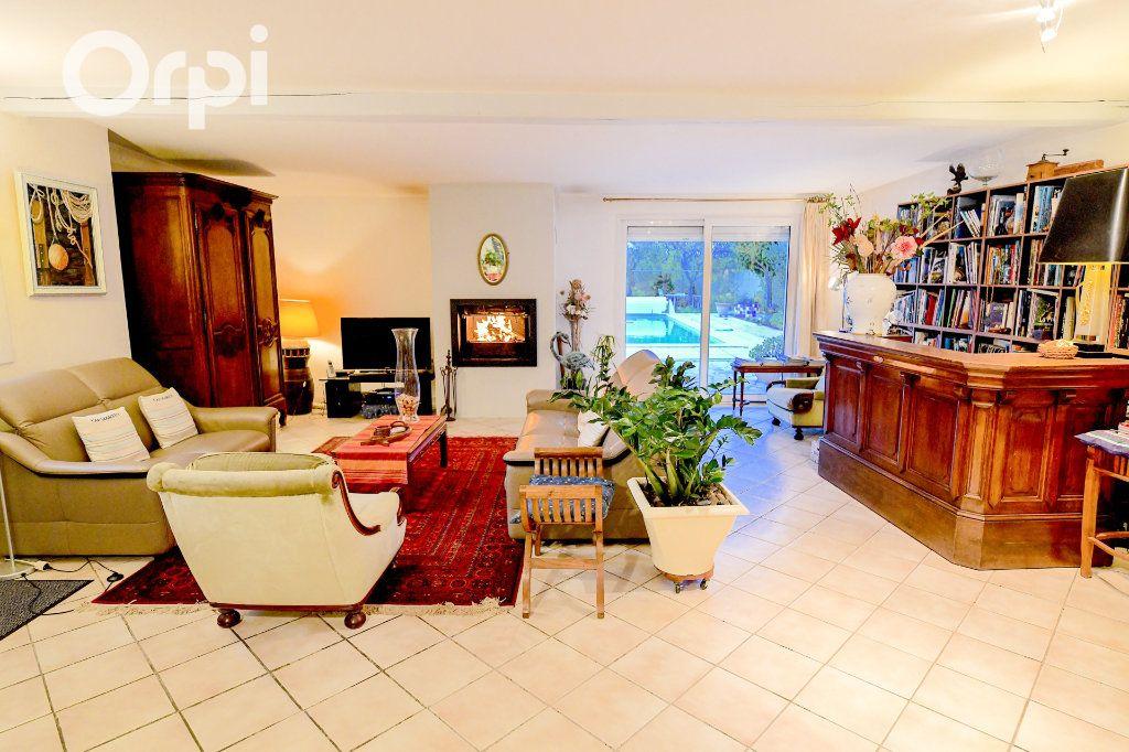 Maison à vendre 5 185m2 à Bourcefranc-le-Chapus vignette-3
