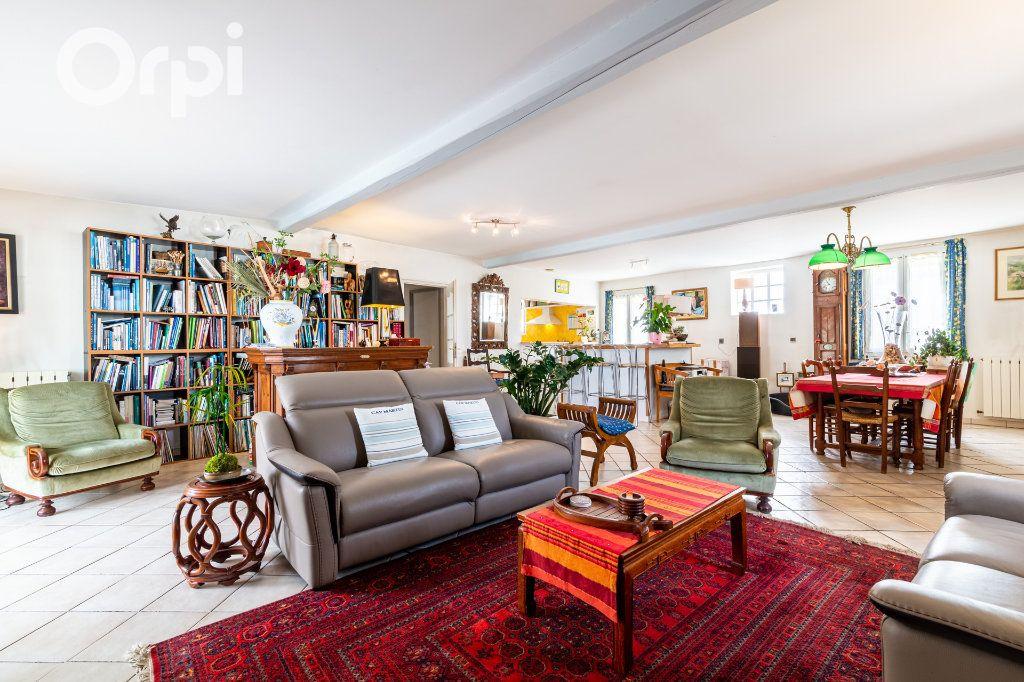 Maison à vendre 5 185m2 à Bourcefranc-le-Chapus vignette-4