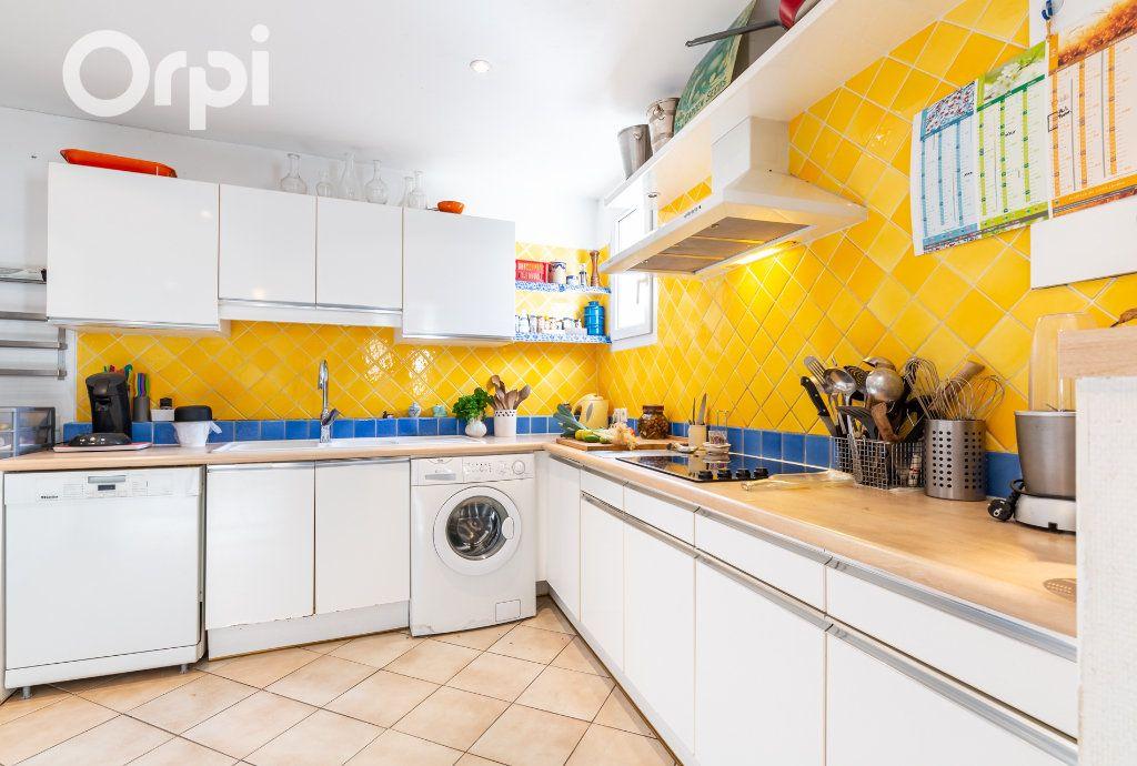 Maison à vendre 5 185m2 à Bourcefranc-le-Chapus vignette-5
