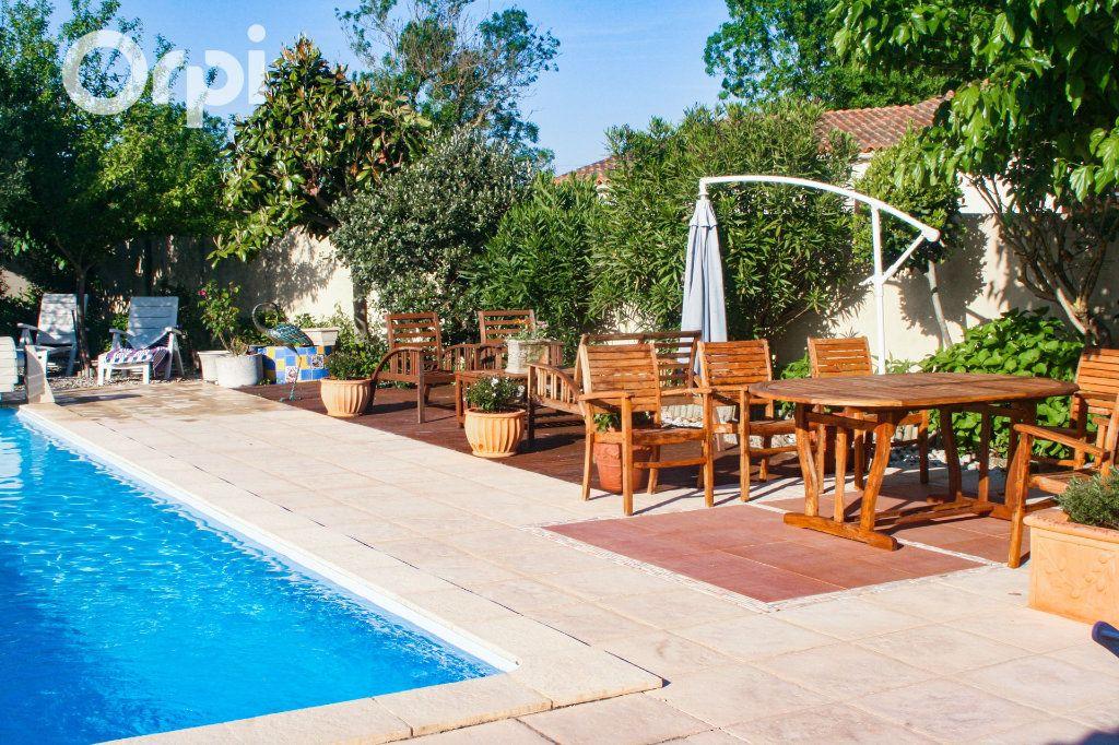 Maison à vendre 5 185m2 à Bourcefranc-le-Chapus vignette-10