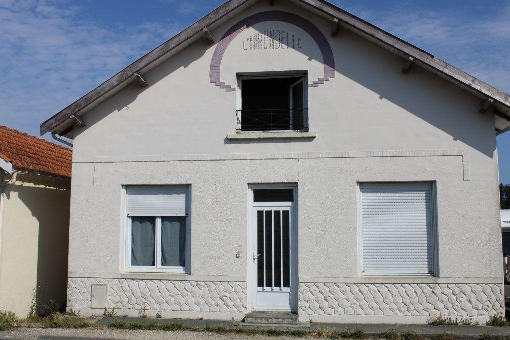 Maison à vendre 5 125m2 à Bourcefranc-le-Chapus vignette-1