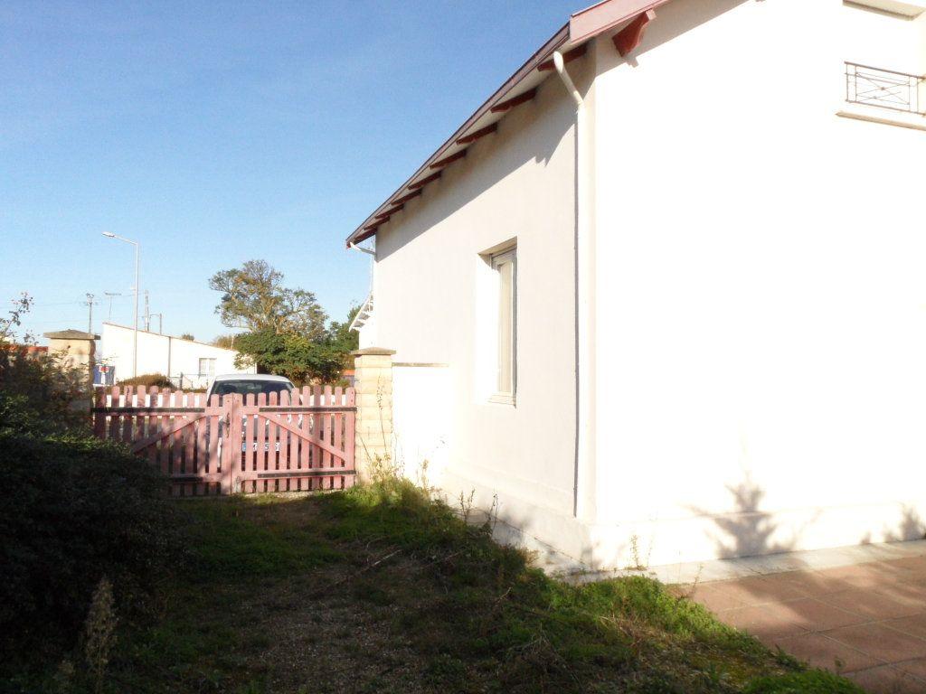 Maison à vendre 5 125m2 à Bourcefranc-le-Chapus vignette-4