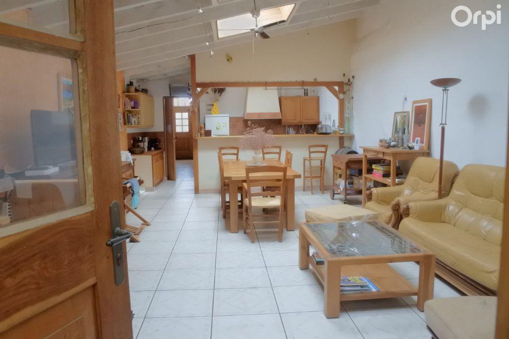 Maison à vendre 4 120m2 à La Tremblade vignette-1