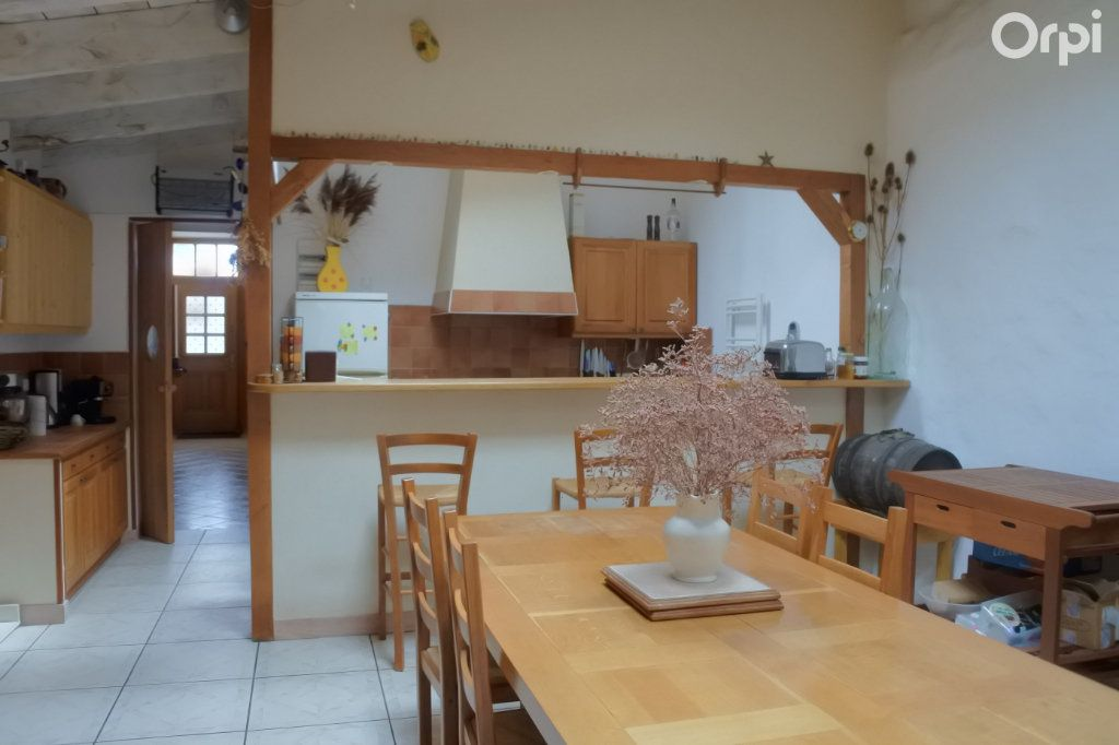 Maison à vendre 4 120m2 à La Tremblade vignette-2