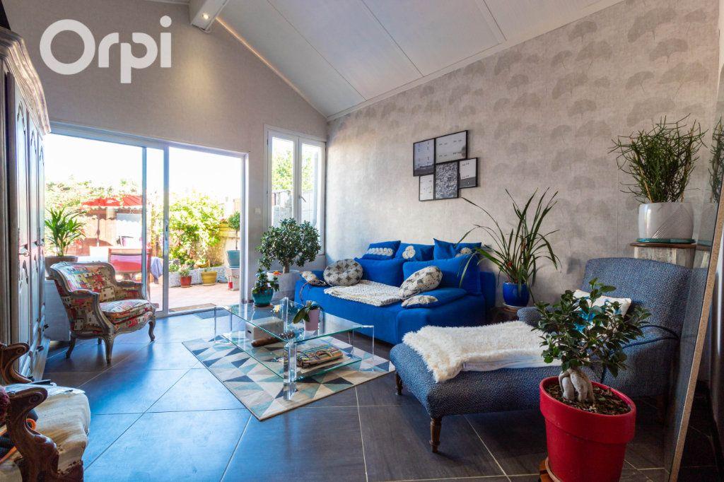 Maison à vendre 6 190m2 à Bourcefranc-le-Chapus vignette-3