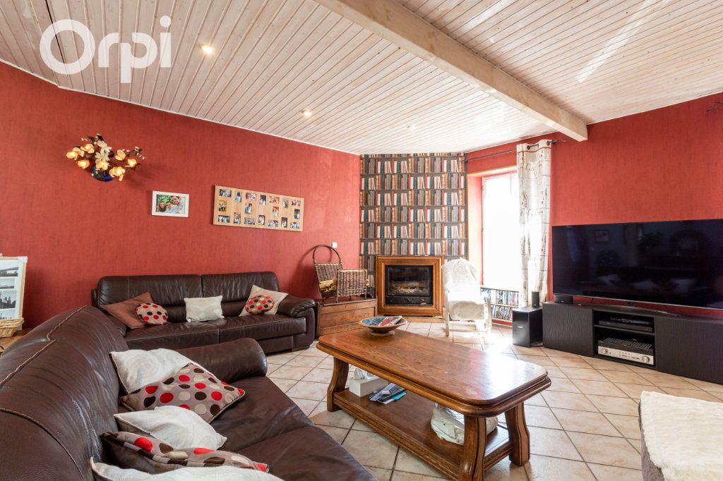 Maison à vendre 6 190m2 à Bourcefranc-le-Chapus vignette-7