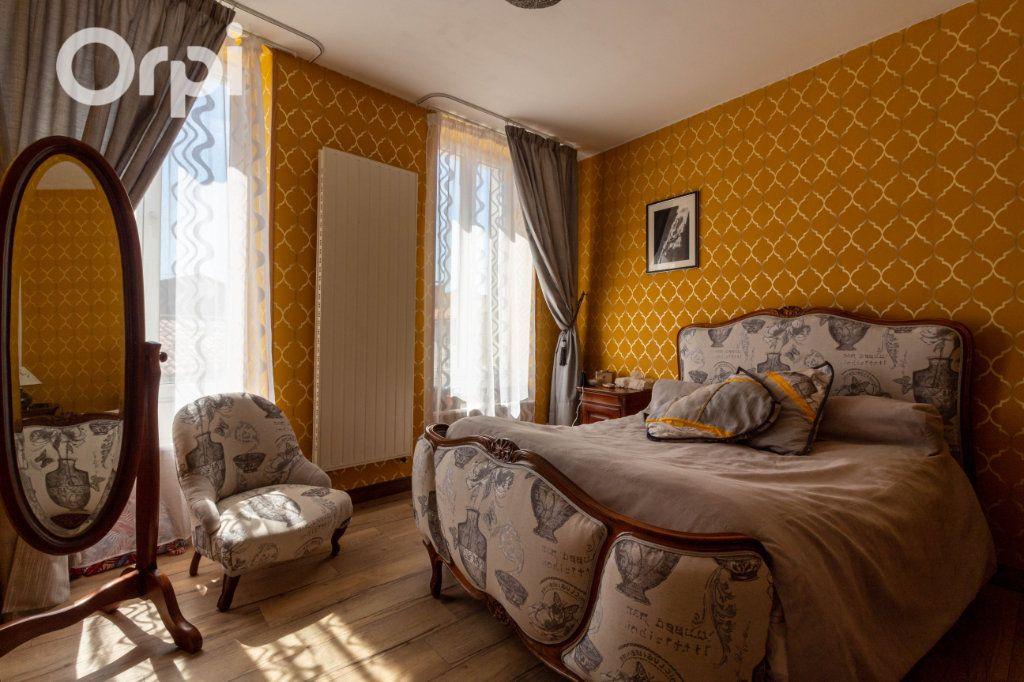 Maison à vendre 6 190m2 à Bourcefranc-le-Chapus vignette-9