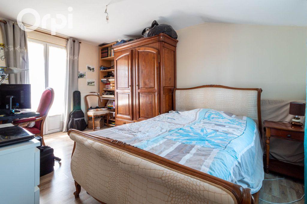 Maison à vendre 6 190m2 à Bourcefranc-le-Chapus vignette-11