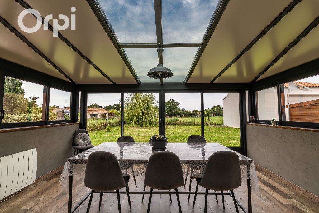 Maison à vendre 5 115m2 à Bourcefranc-le-Chapus vignette-2