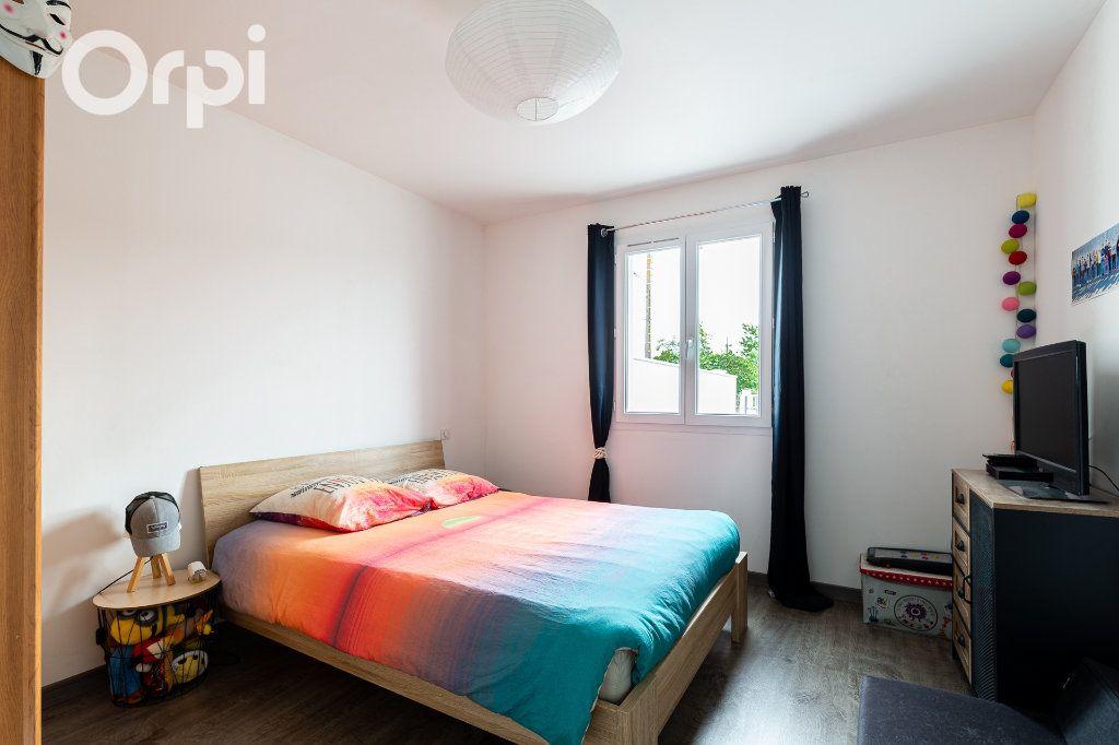 Maison à vendre 5 115m2 à Bourcefranc-le-Chapus vignette-10