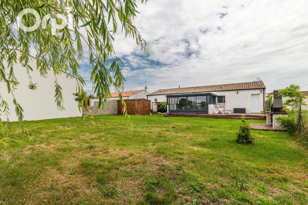 Maison à vendre 5 115m2 à Bourcefranc-le-Chapus vignette-13