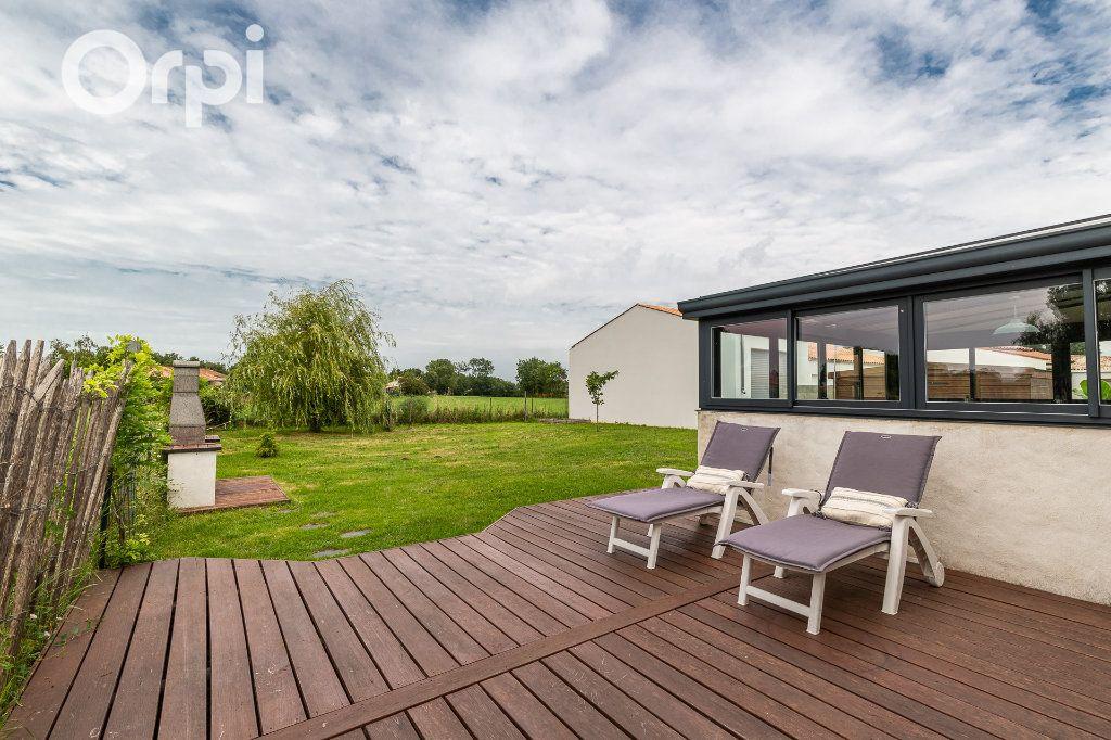 Maison à vendre 5 115m2 à Bourcefranc-le-Chapus vignette-14