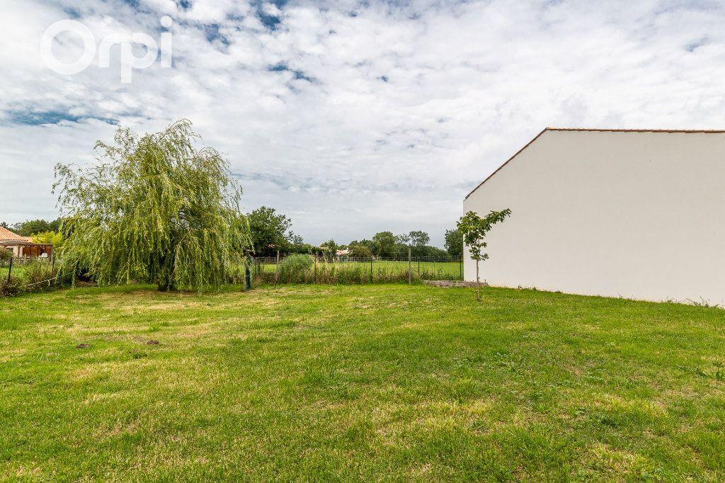 Maison à vendre 5 115m2 à Bourcefranc-le-Chapus vignette-15