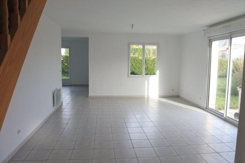 Maison à vendre 4 103.5m2 à Le Gua vignette-2