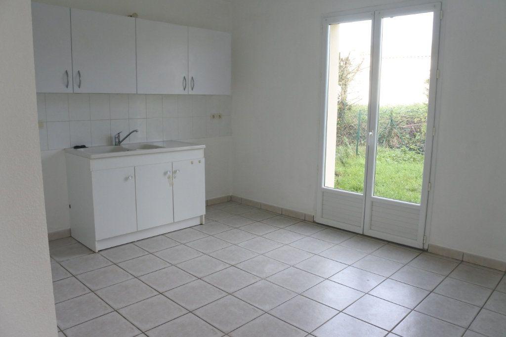 Maison à vendre 4 103.5m2 à Le Gua vignette-4