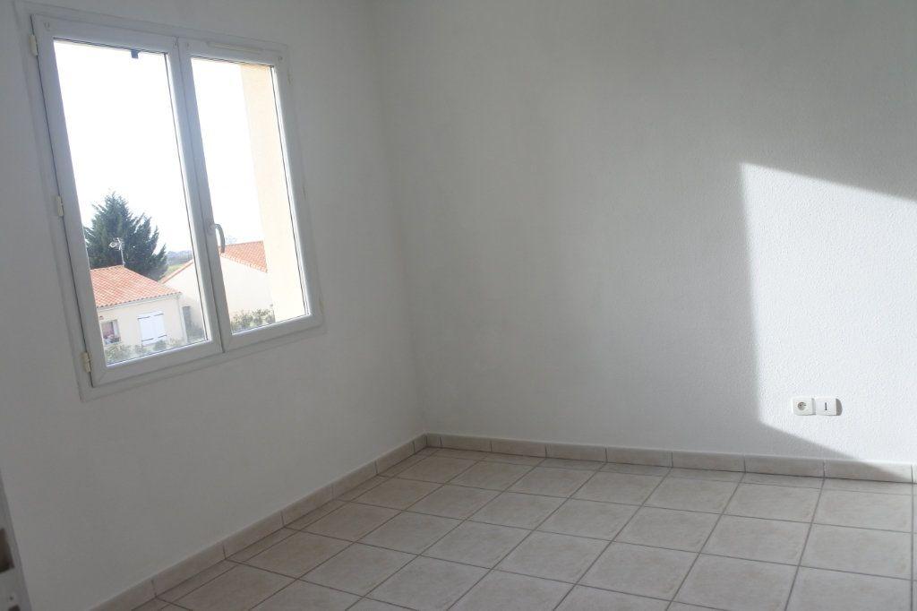 Maison à vendre 4 103.5m2 à Le Gua vignette-5