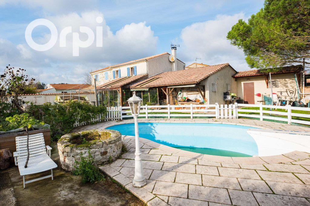 Maison à vendre 4 135m2 à Arvert vignette-1