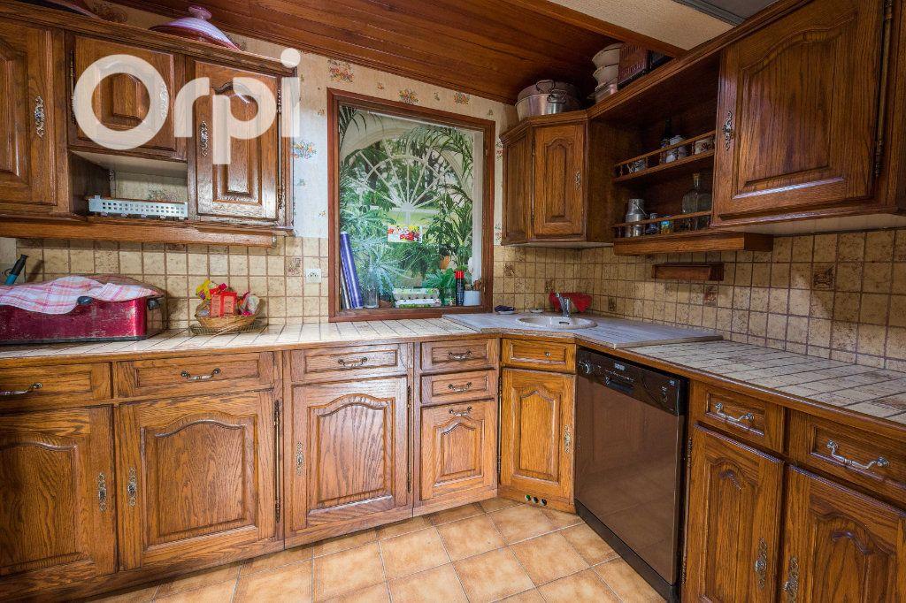 Maison à vendre 4 135m2 à Arvert vignette-5
